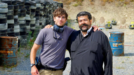 simon_reeve_greece1