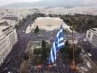 Massale opkomst op het Syntagma-plein bij een protest tegen een nieuwe naam voor buurland Macedonië