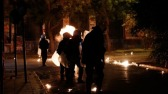 Anarchisten in Exarcheia belagen de politie met stenen en brandbommen