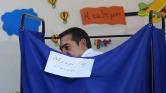 Premier Tsipras brengt zijn stem uit