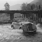 Met een Opel Olympia dwars door Griekenland in 1936
